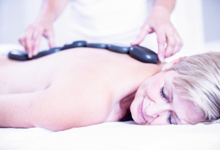 Hot-Stone-Massage im Spa Resort PAWLIK-AQUAFORUM in Franzensbad
